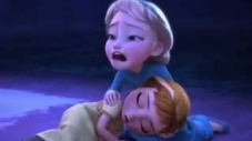 Elsa Holding Anna Crying