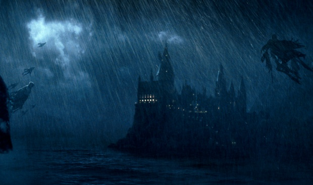 Dementors-circling-Hogwarts-in-the-rain
